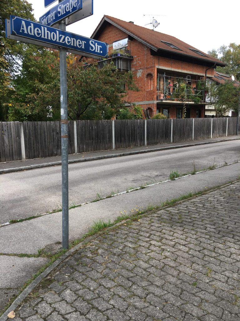 Adelhozener Straße