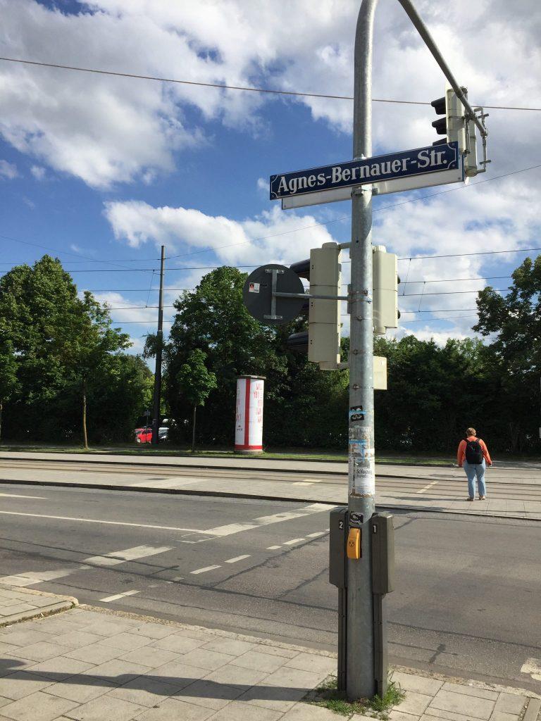 Agnes-Bernauer-Straße