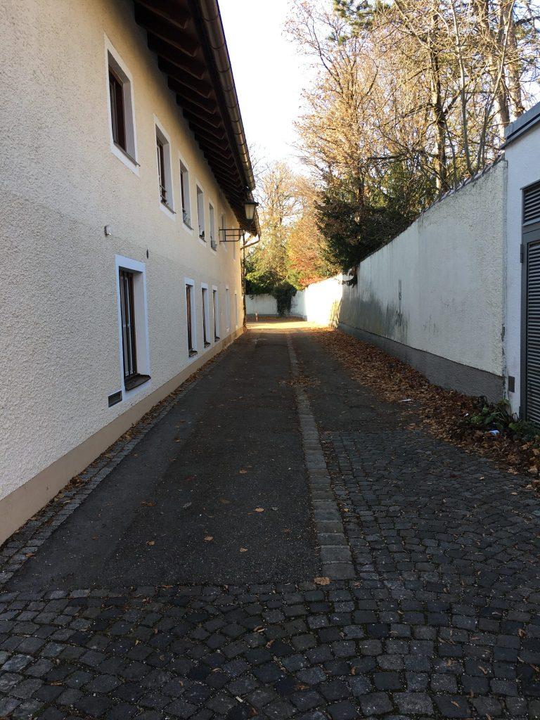 Schwester-Adelmunda-Weg