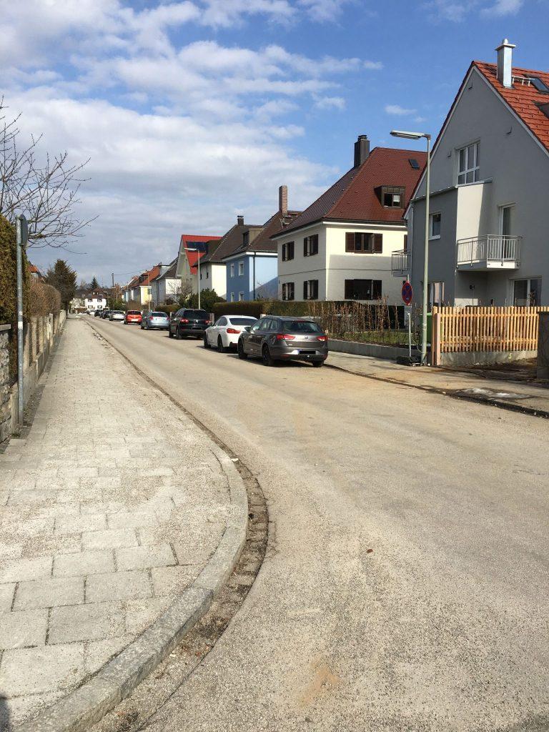 Auflegerstraße