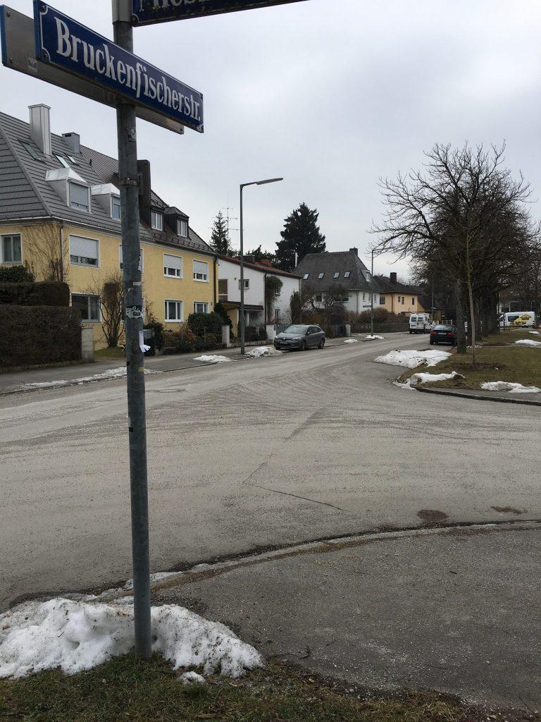 Bruckenfischerstraße