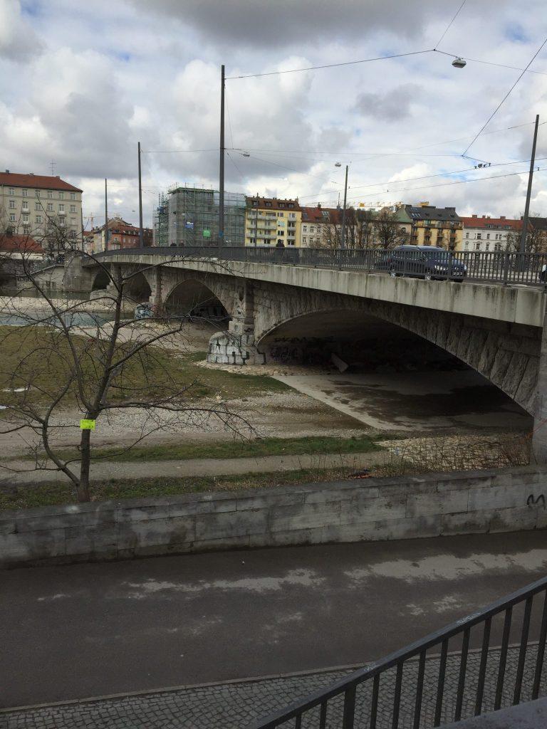 Eduard-Schmid-Straße
