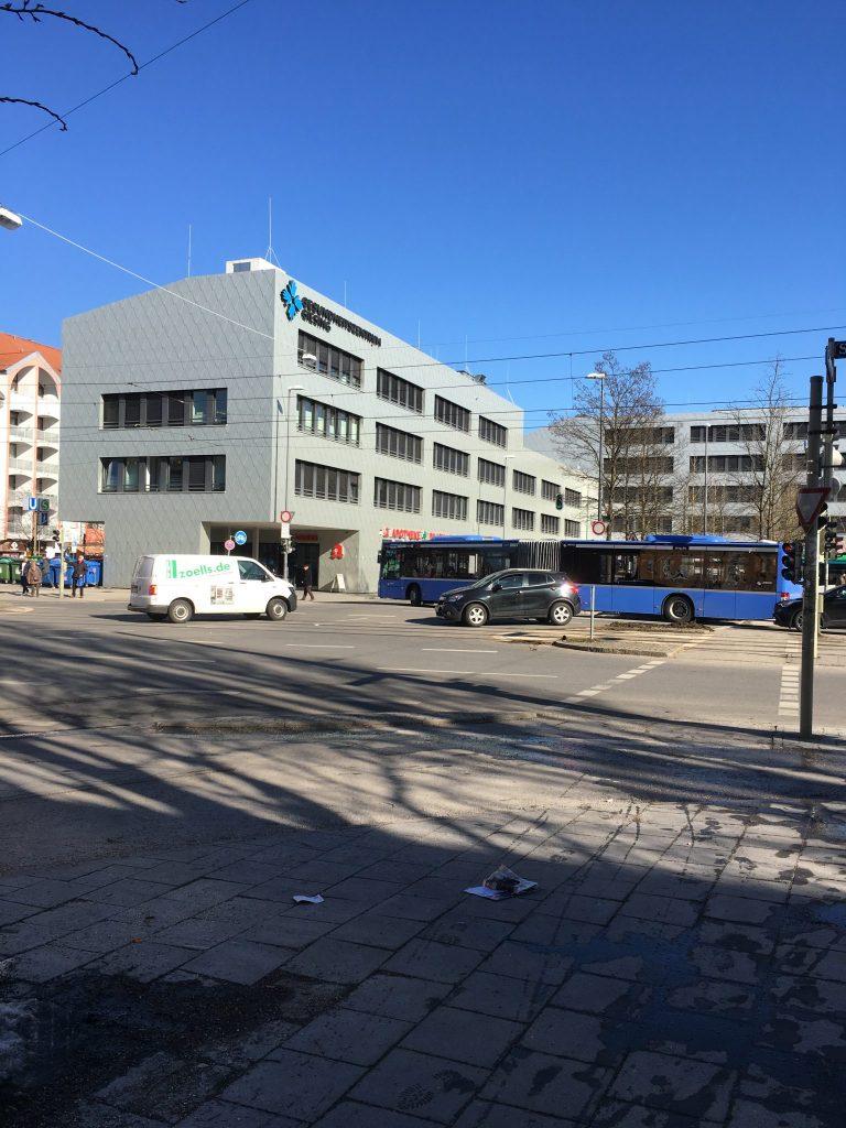 Giesinger Bahnhofplatz