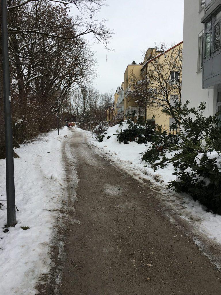 Putzbrunner Straße - Weg zur Bischof-Ketteler-Straße