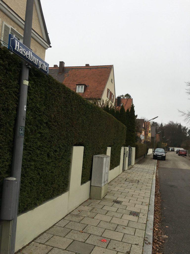 Haselburgstraße