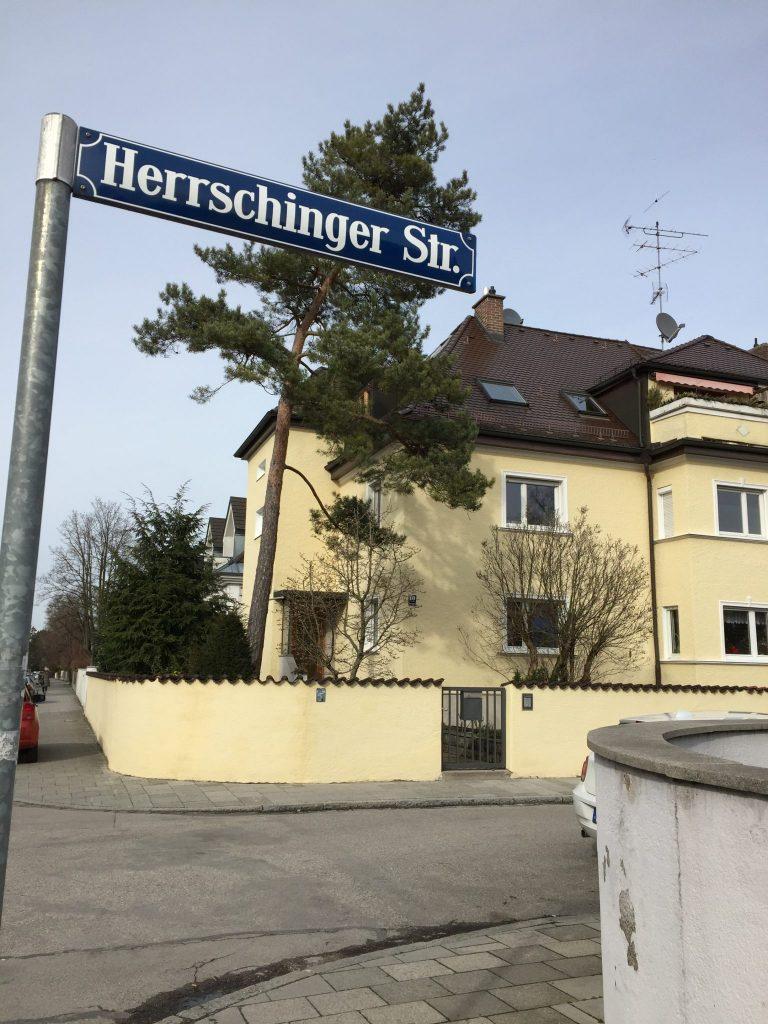 Herrschinger Straße