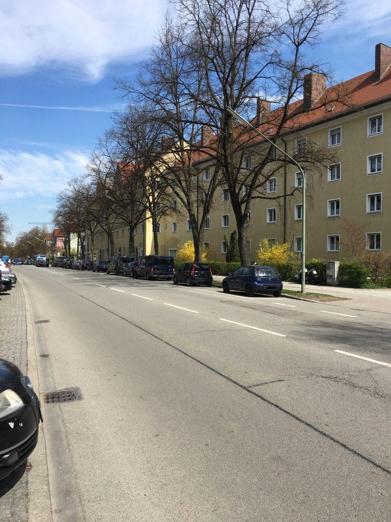 <em>Schlüsselbergstraße</em>