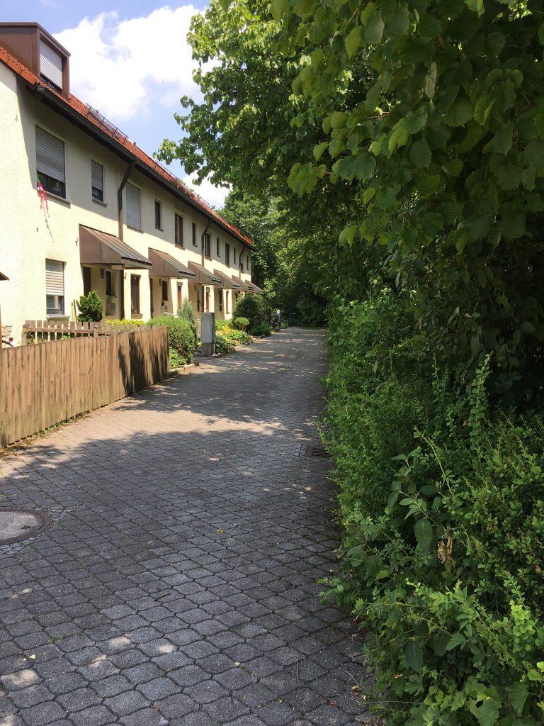 Anton-Weiß-Weg
