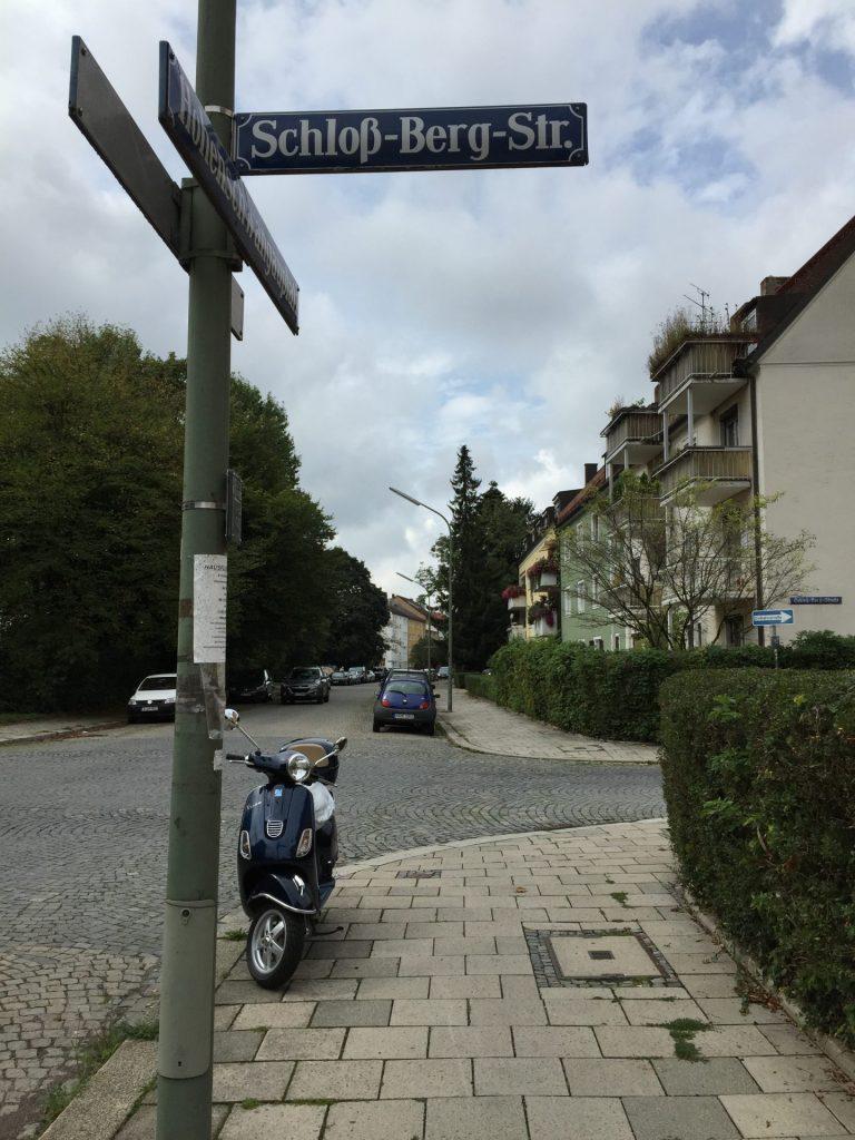 Schloß-Berg-Straße