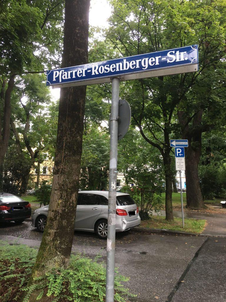Pfarrer-Rosenberger-Straße