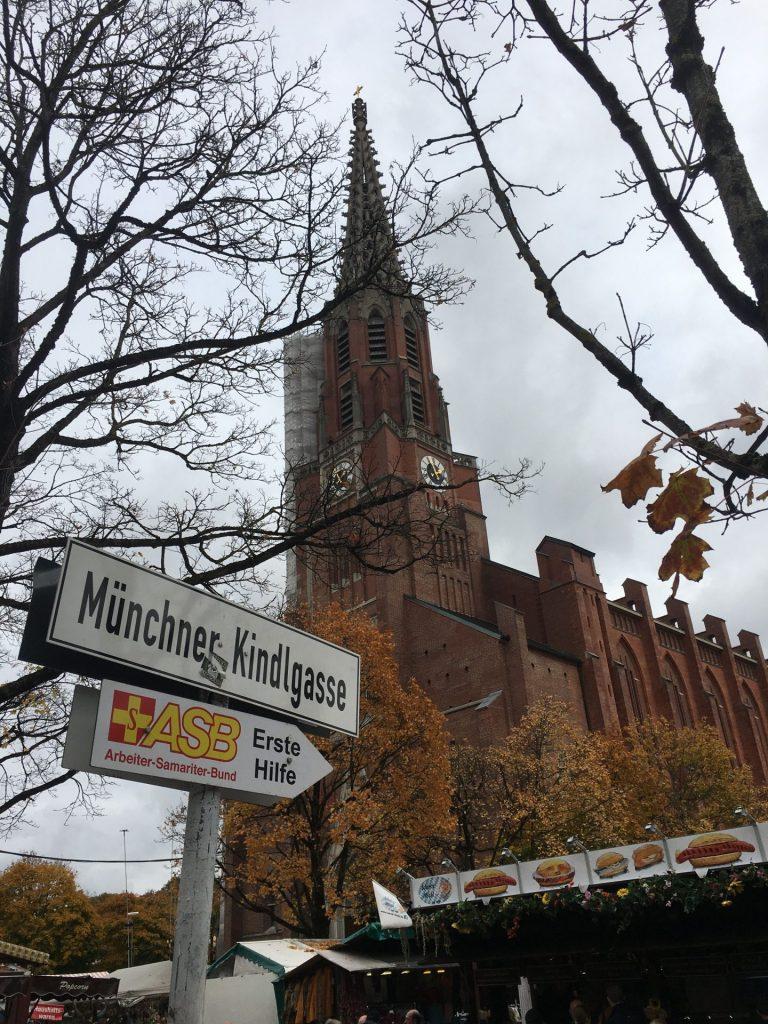 Münchner-Kindl-Gasse