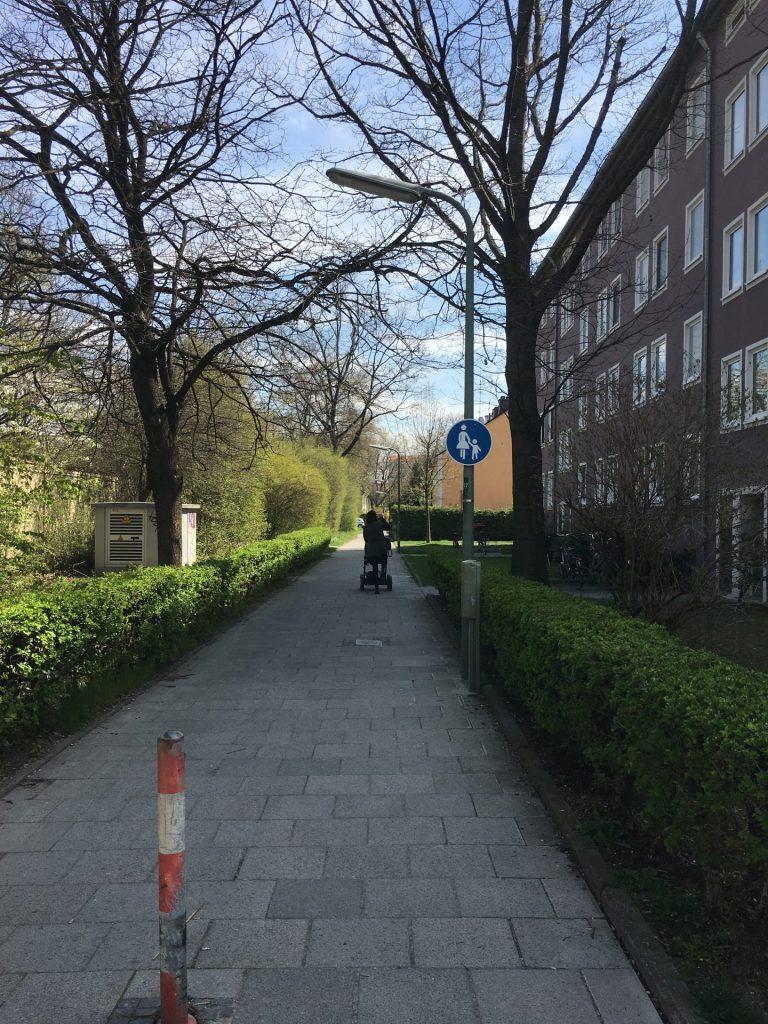 Weg von der Schlüsselbergstraße zur Fehwiesenstraße