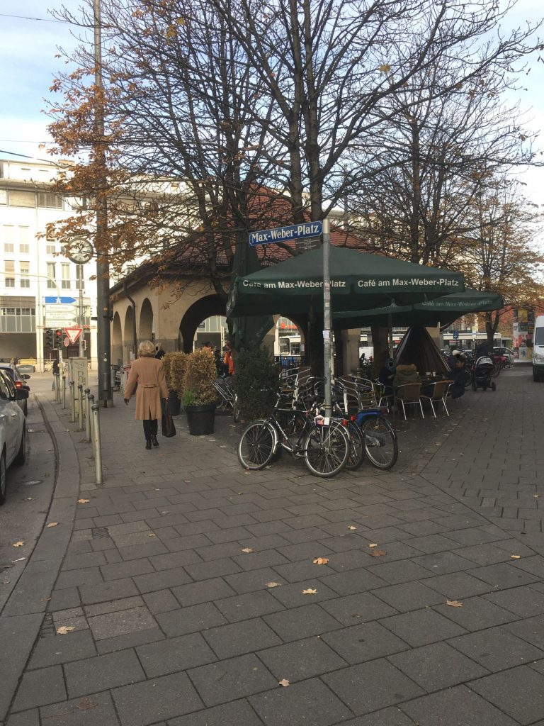 Max-Weber-Platz
