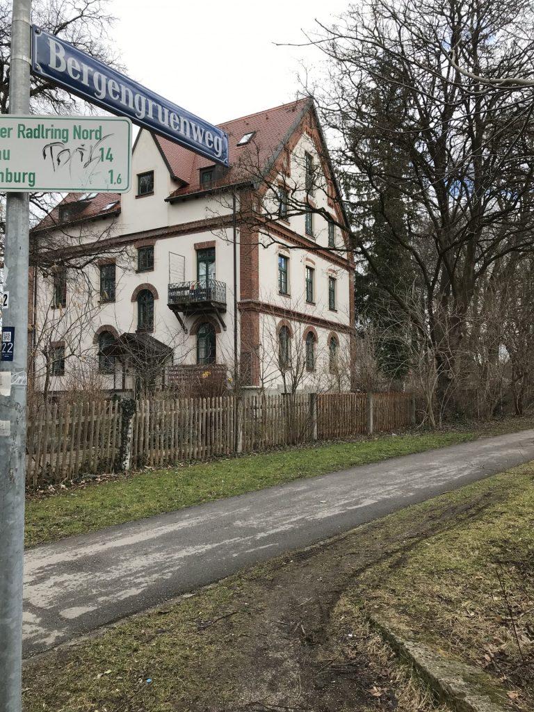 Bergengruenweg