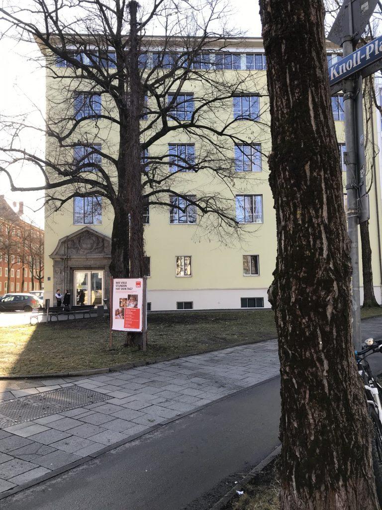 Simon-Knoll-Platz