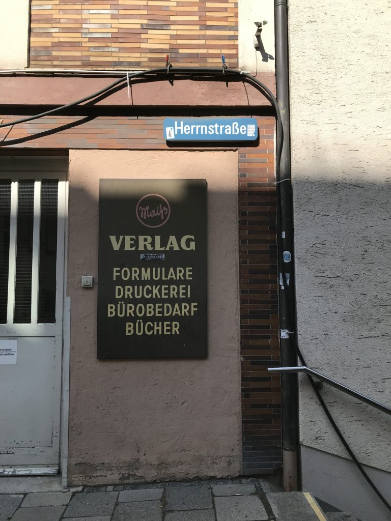 Herrnstraße