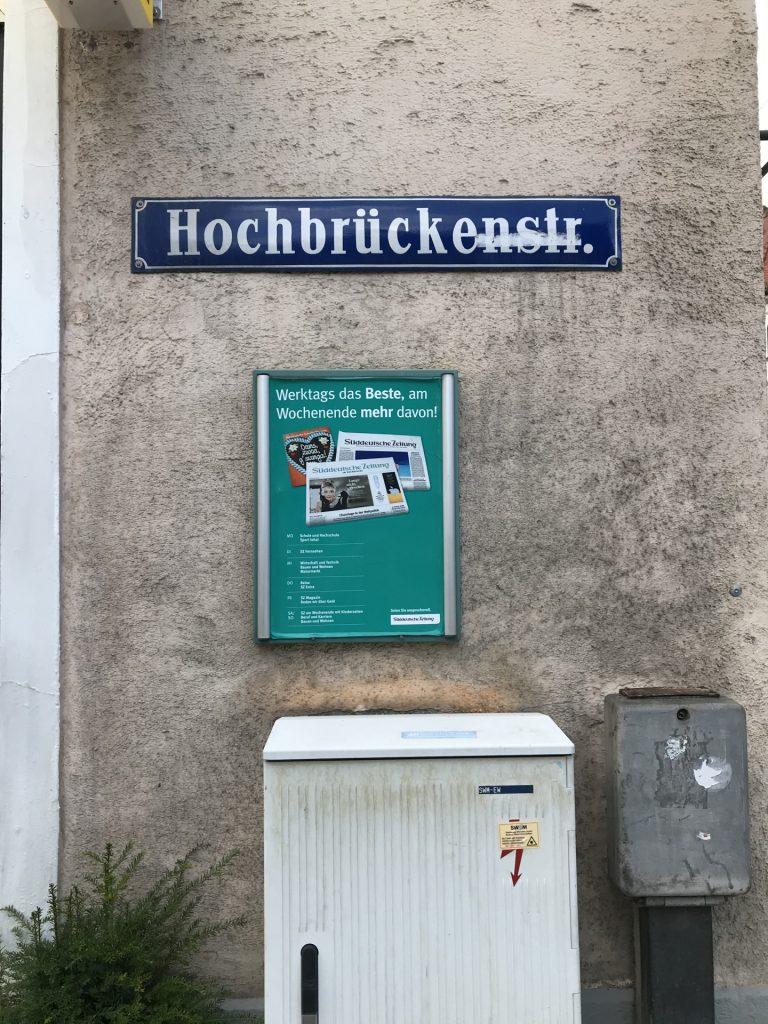 Hochbrückenstraße