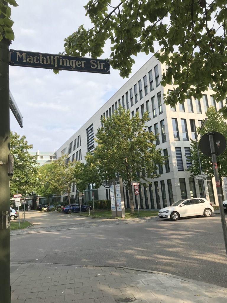 Machtlfinger Straße